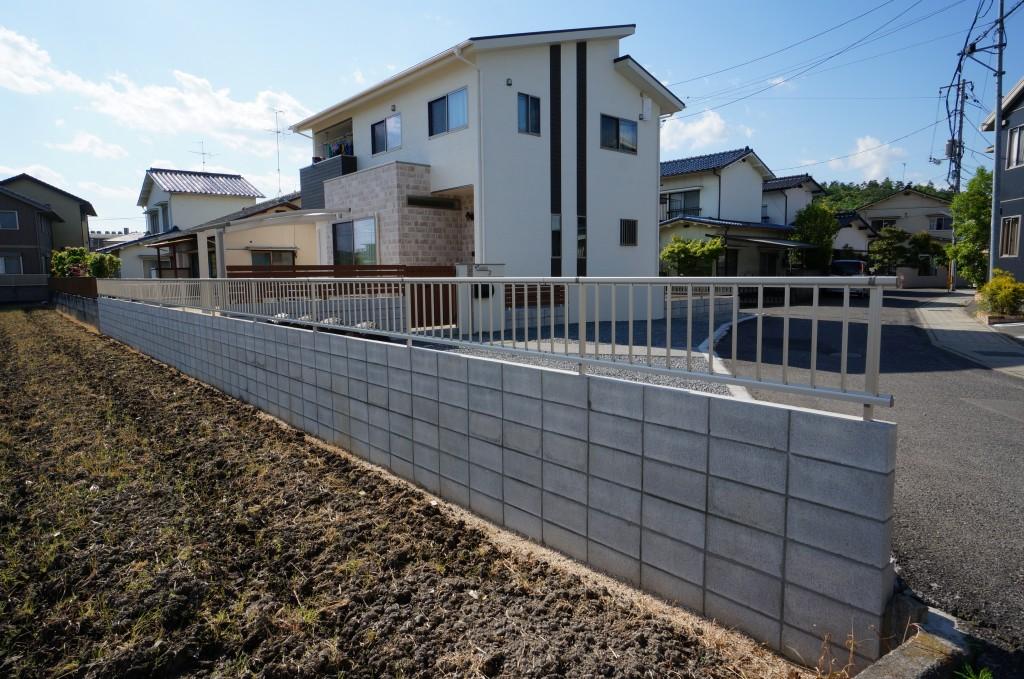 岡山市 H様邸クローズ型外構工事完了♪