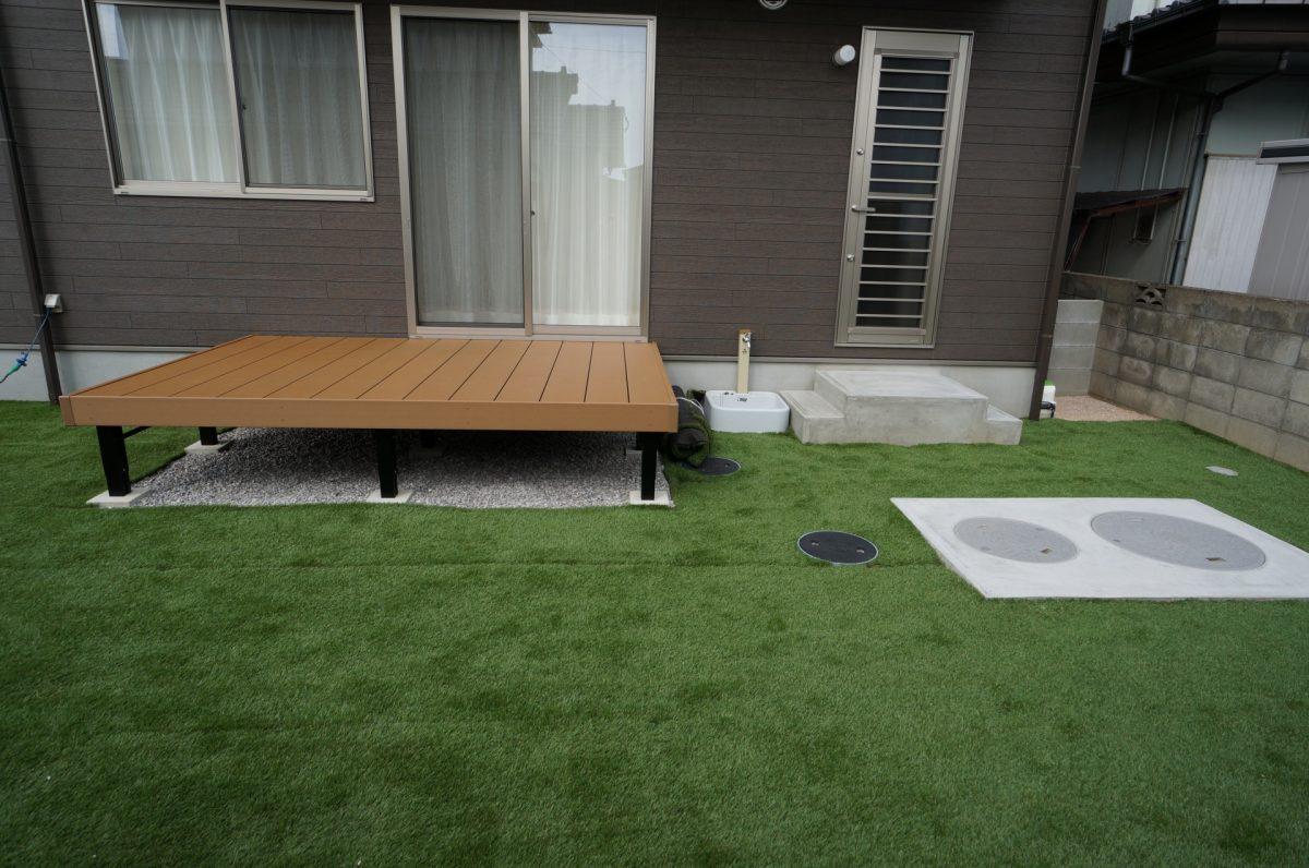 安心、安全な人工芝のお庭があるエクステリア♪