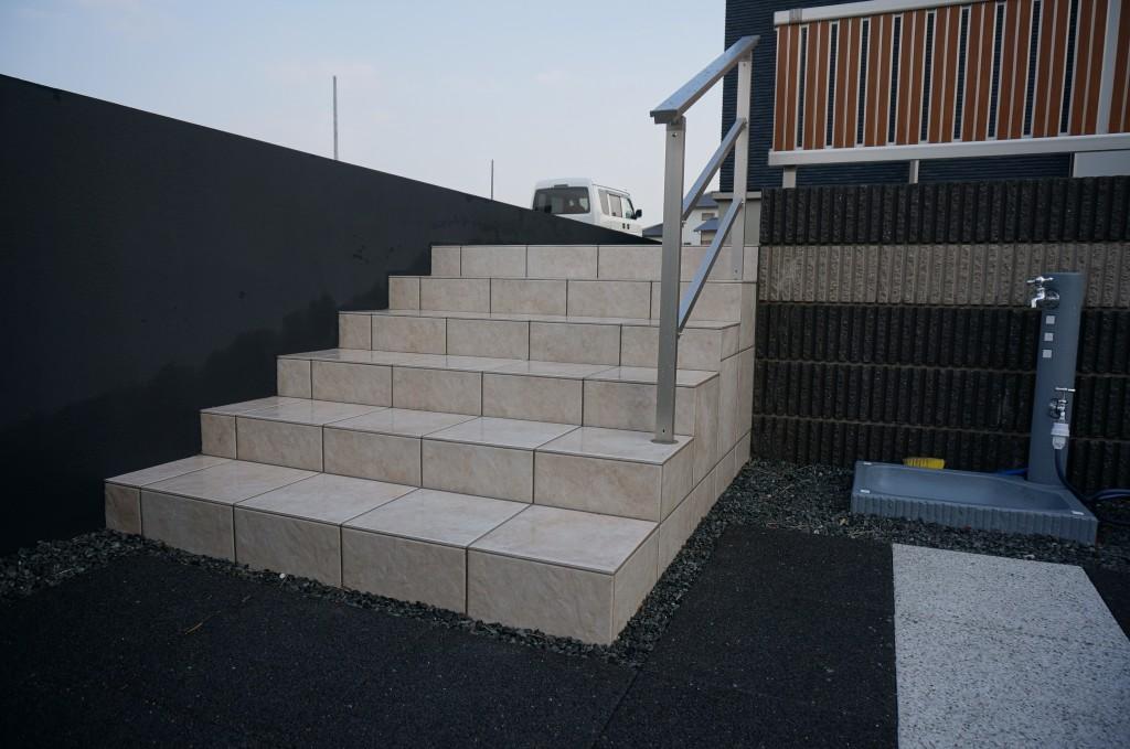 タイルの階段です。