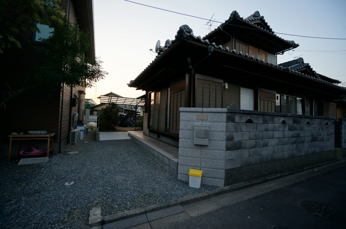 倉敷市 駐車場拡張 外構リフォーム 自転車置き場