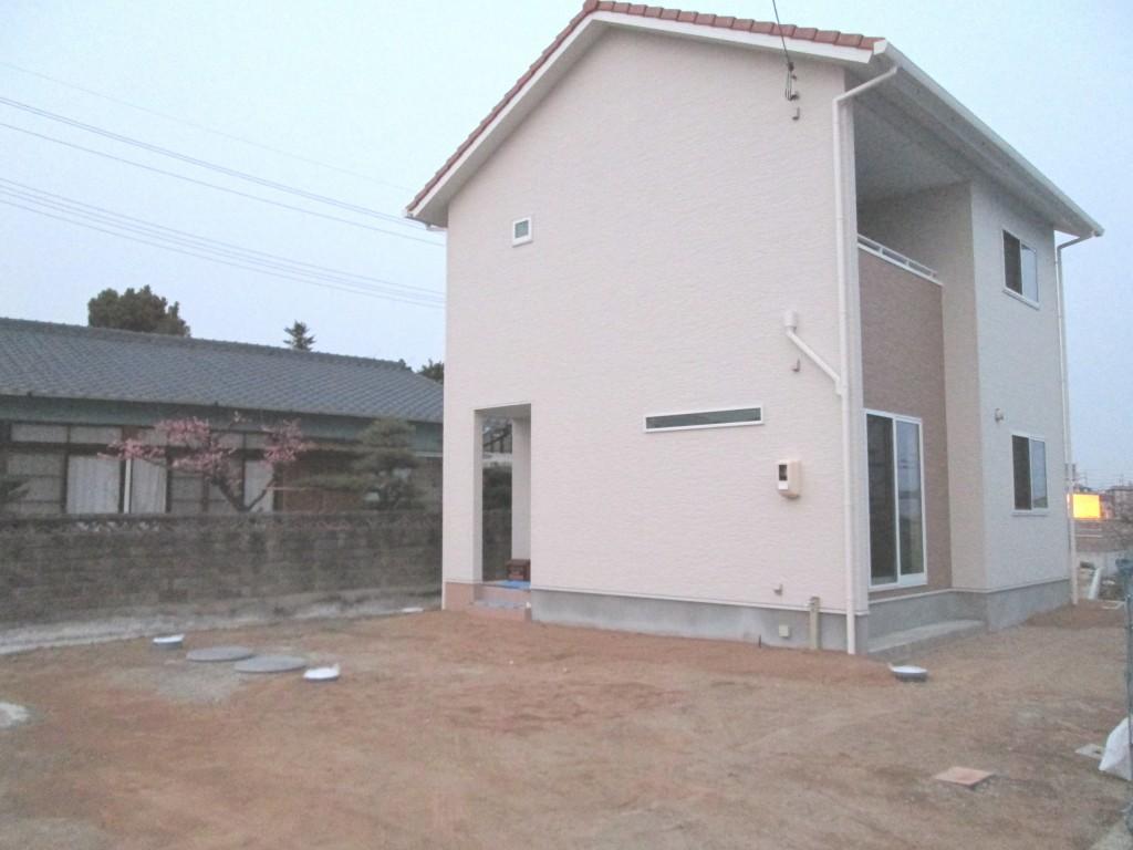 施工前、土間コンクリートとアプローチをご希望です