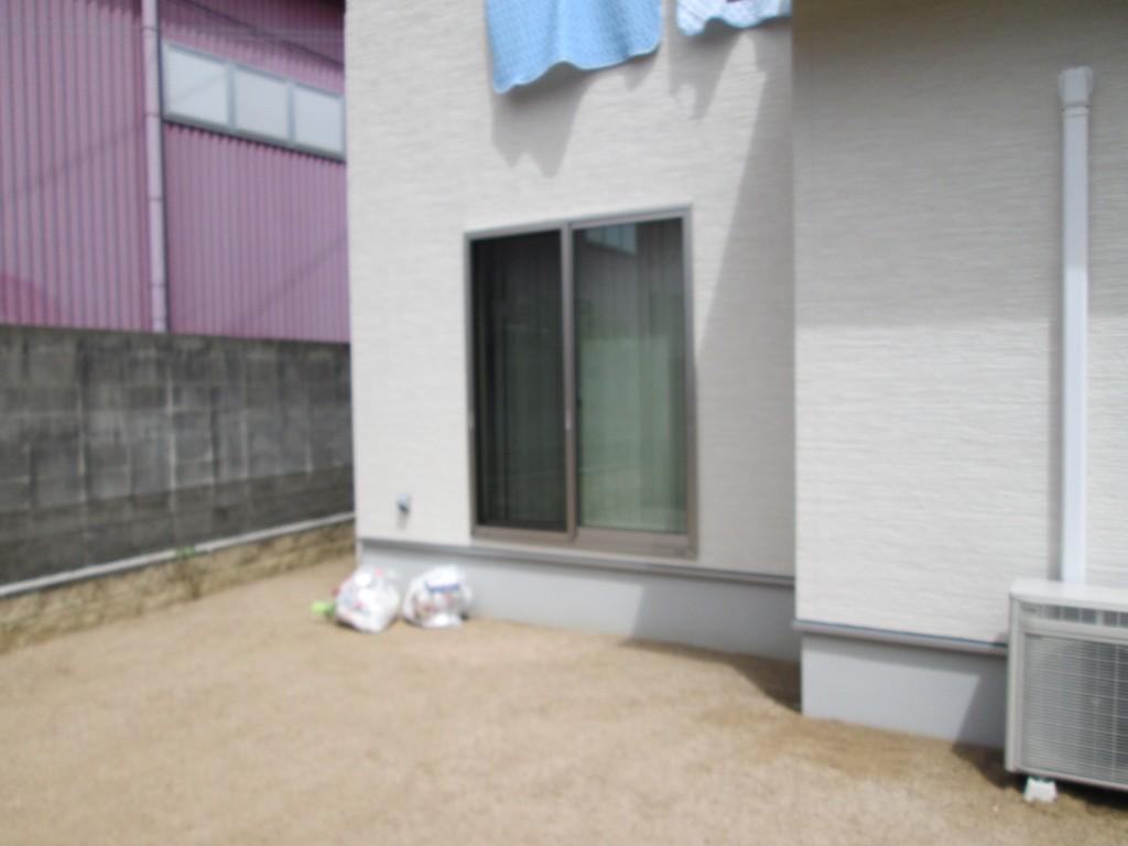 テラス屋根&デッキの施工前です。
