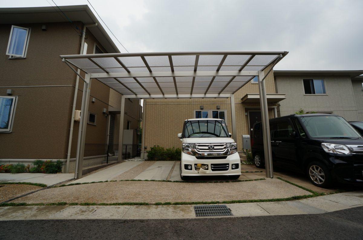 倉敷市 雨天時でも出来るだけ快適に車の乗り降りがしたい。YKK エフルージュ カーポート工事施工完了♪